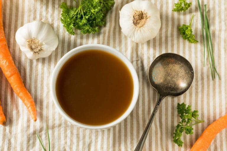 15 Best Beef Broth Substitutes List