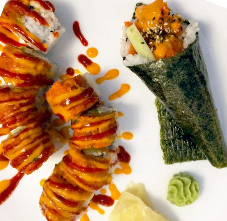 Cut Roll vs. Hand Roll Sushi: What's The Difference?